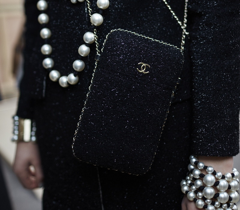 12 Backstage - close-up accessories by Stéphane Gallois LD
