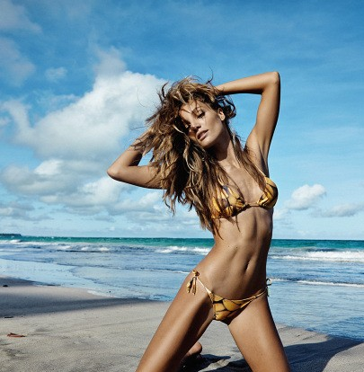 Priscilla-Uchôa-by-Erick-Ivan-Menezes-for-Oyster-Brazil-Summer-2014-4 cr