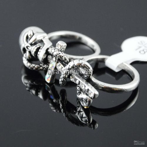 double-finger-rings-the-skull-bones-silver