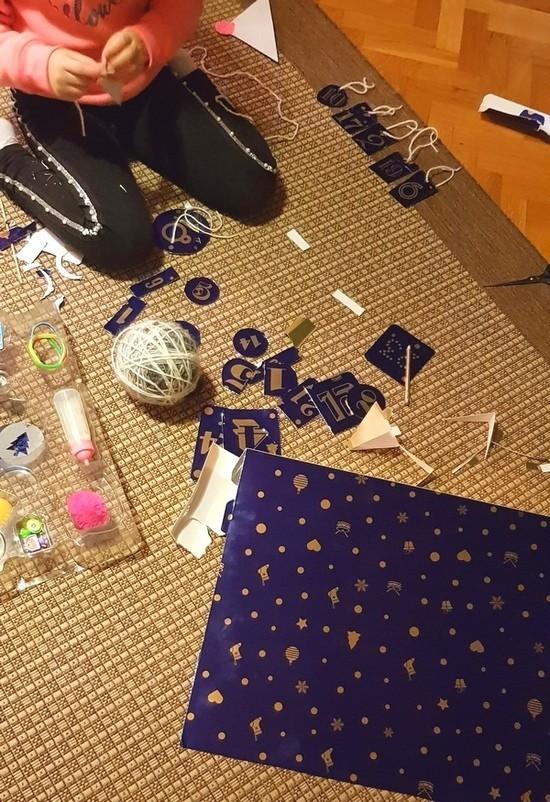 D LIFE // DIY christmas ukrasi, tekuće beauty zlato za facu, kako koristim pinove na vestama, kreme za presuhu kožu, hand-made ptičice iz knjižnice...