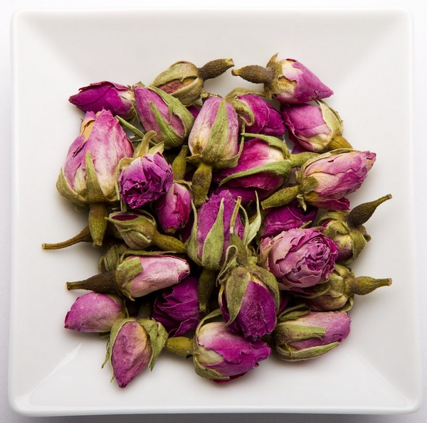 damask rose buds