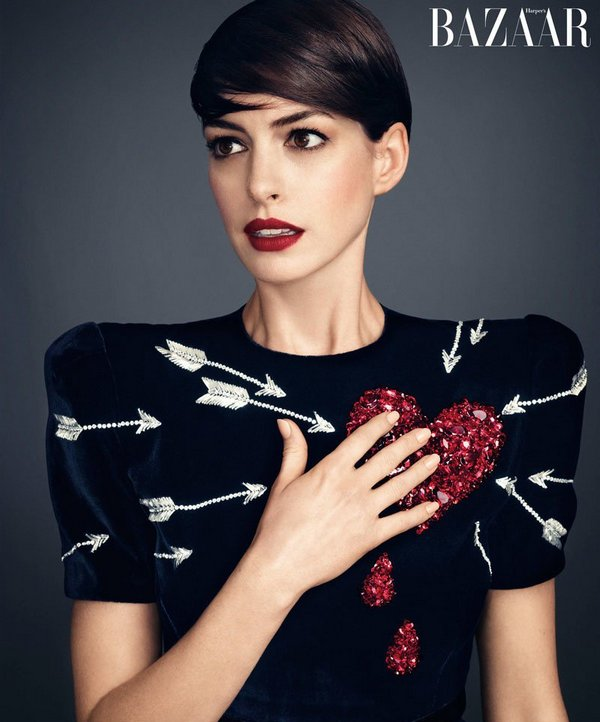 anne-hathaway-harpers-bazaar-november-2014-photoshoot02 cr