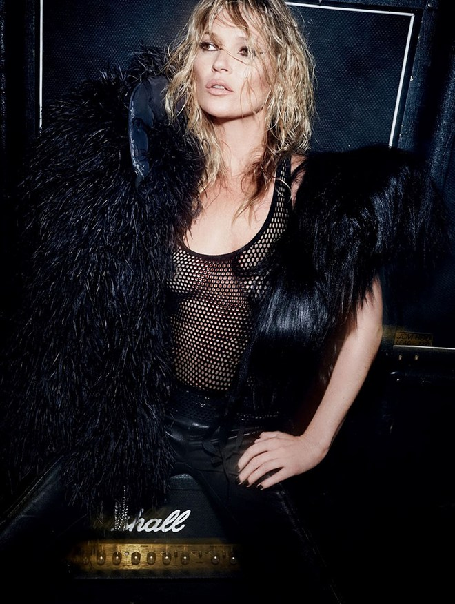 Kate-Moss British-Vogue-December-2014-10