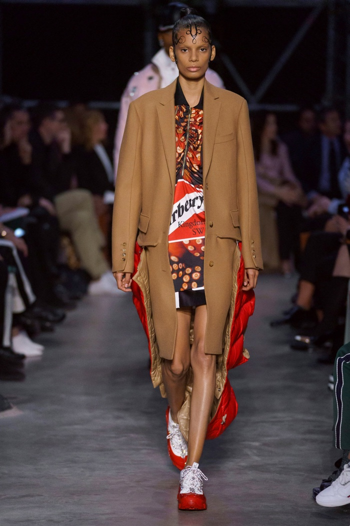 Burberry Fall Winter 2019 Runway01