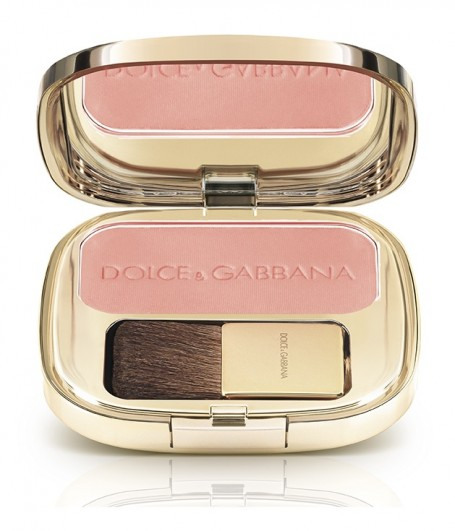dolce-and-gabbana-makeup-fall-2014-blush-rose