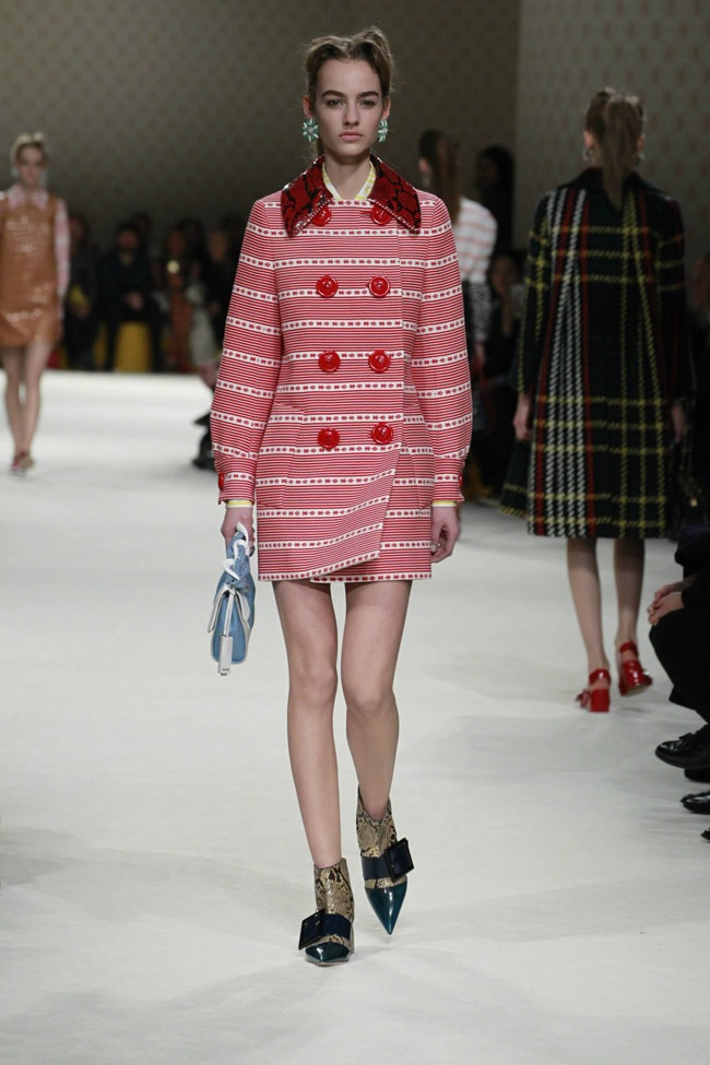 miu-miu-fall-winter-2015-runway16