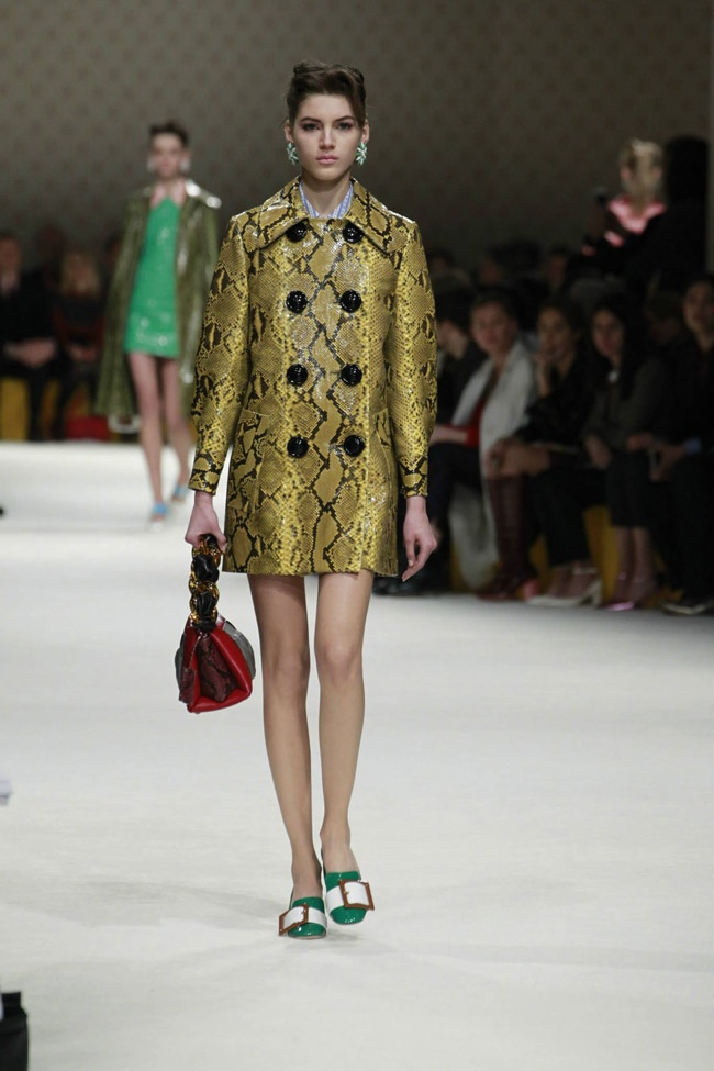 miu-miu-fall-winter-2015-runway20