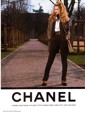 1992 Chanel ad featuring model Claudia Schiffer
