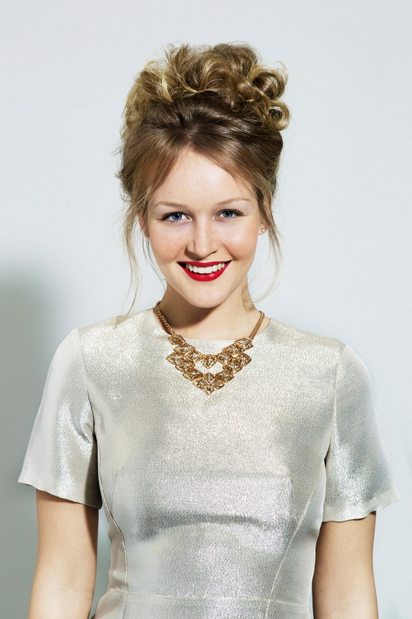 NIVEA Look Messy Up Do