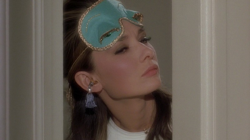 Audrey-Hepburns-style-in-Breakfast-at-Tiffanys-3