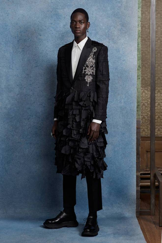 00002 alexander mcqueen menswear spring 20 credit ethan james green