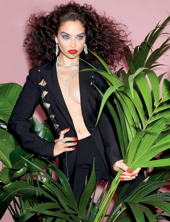 Shanina Shaik Harpers Bazaar Singapore Cover Photoshoot04