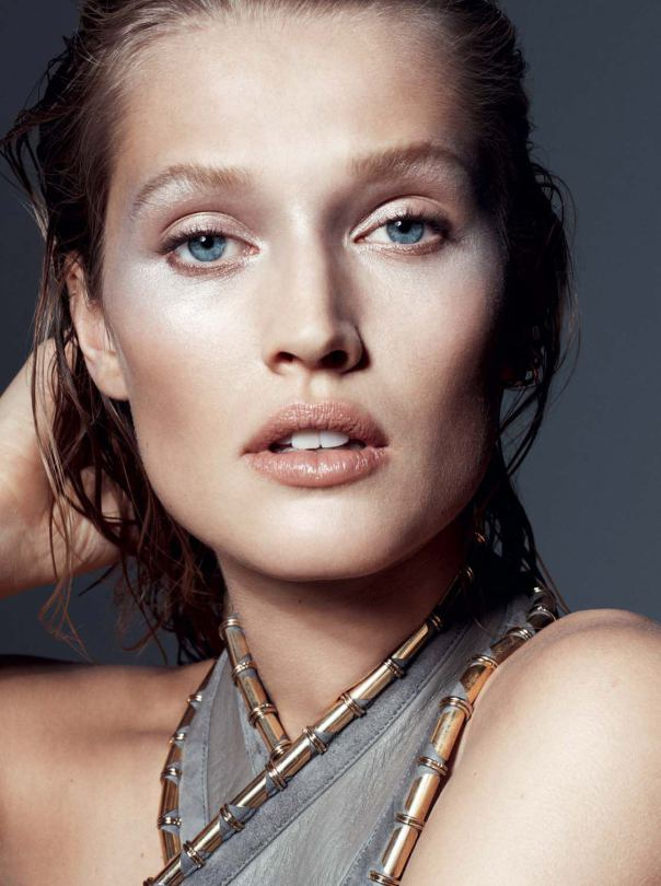 toni-garrn-by-philip-gay-for-lexpress-styles-december-2014-1