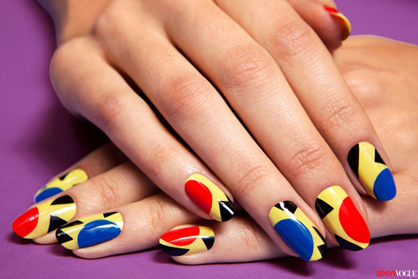 beauty-nails-2013-11-pop-art-nails-01