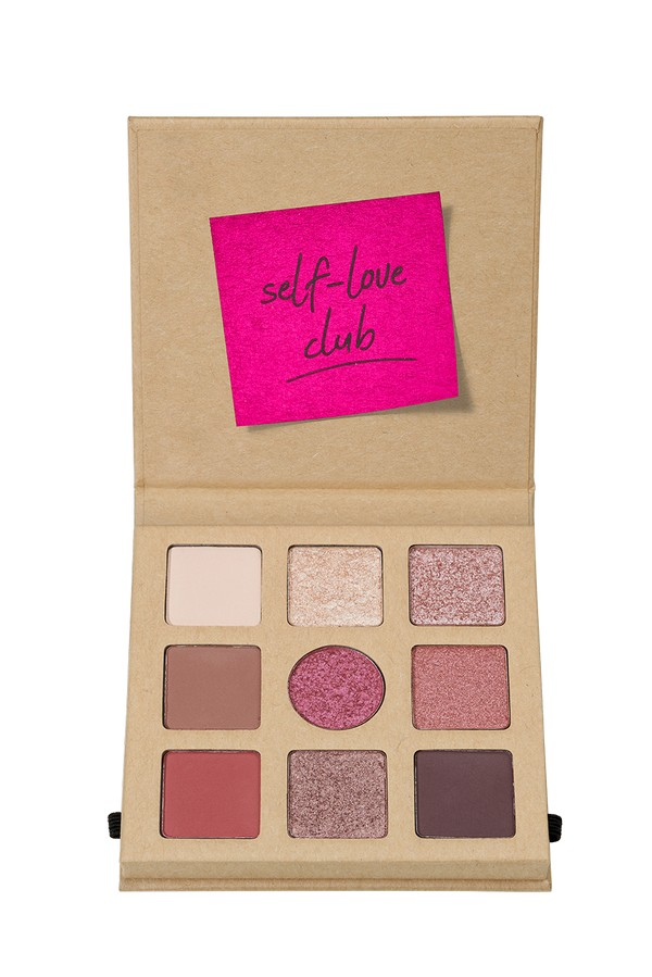 4059729271099 essence DAILY DOSE OF LOVE EYESHADOW PALETTE Image Front View Full Open png